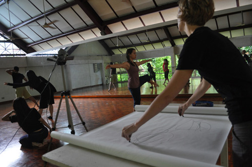Rochelle Haley drawing during a rehearsal of 'Strings' in the dance studio at Rimbun Dahan.
