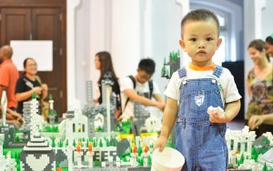 The Living City exhibition at George Town Festival 2014, image credit: Okui Lala/#BetterCities